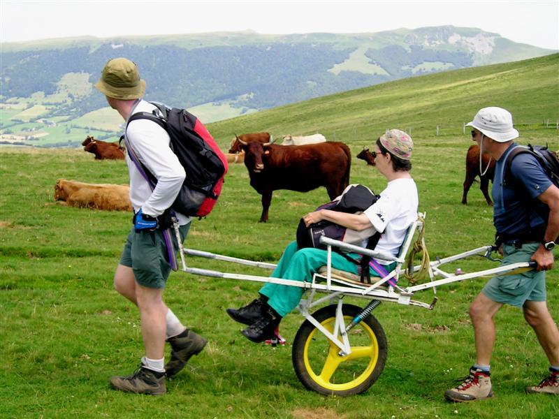 帶身障者上山